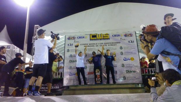 pódio da categoria profissional mundial skate (Foto: Juscelino Filho)