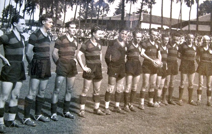 time Atlético-PR 1945 (Foto: Alexandre Alliatti)