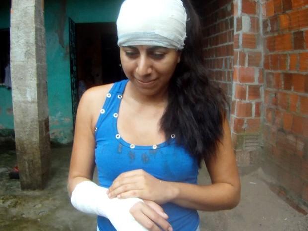 Naira deverá passar por cirurgia nos próximos dias, dizem os médicos (Foto: Marcélio Bezerra/TV Verdes Mares)