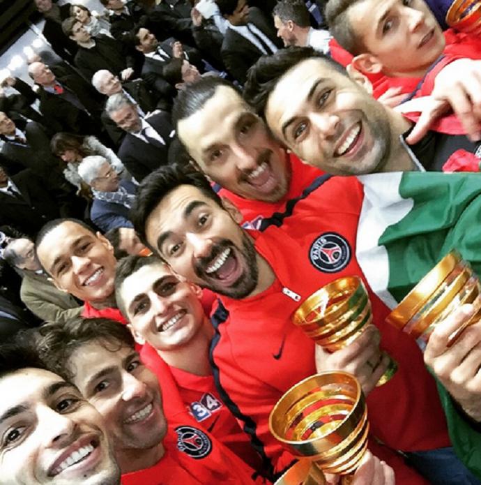 Jogadores Paris Sain-Germain taça Copa da Liga da França