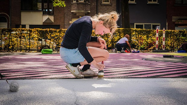 Muralista transforma quadra de basquete em obra de arte (Foto: Divulgação)