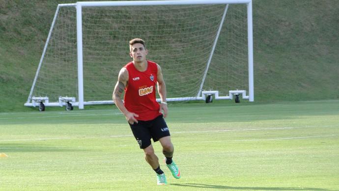 Treino Atlético-MG Neto Berola (Foto: Fernando Martins)