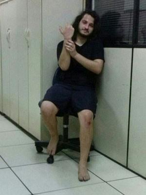 César Cardareiro foi levado para delegacia de Santa Teresa (Foto: Divulgação/PM)