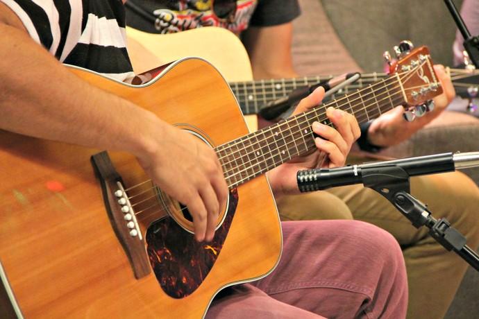 Mistura com Rodaika Alice Bastos Neves Mauricio Saraiva banda Tópaz Gabriela Corrêa Personal Organizer (Foto: Maiocn Hinrichsen/RBS TV)