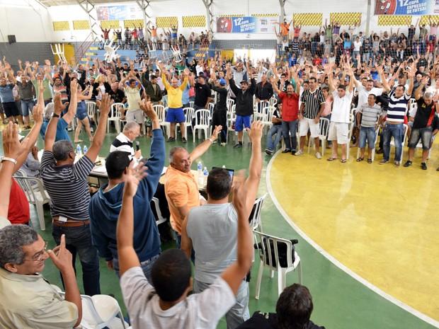 Caminhoneiros decidem entrar em greve a partir de sexta-feira (23) (Foto: Divulgação/Sindrod)