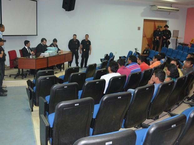 Audiências estão sendo realizadas no auditório do MP de Cacoal (Foto: Magda Oliveira/G1)
