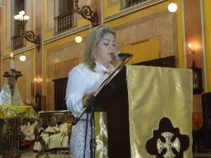 Vice-prefeita eleita Karla Martins participou da celebração. (Foto: Thais Rezende/G1)