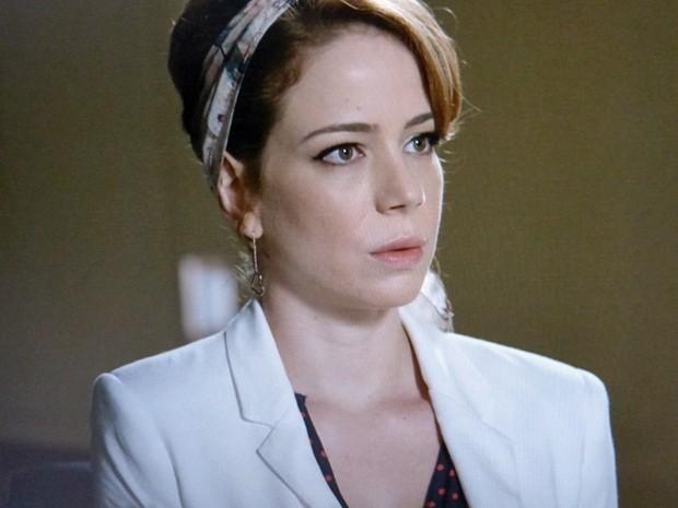 Cristina fica surpresa com a notícia (Foto: TV Globo)