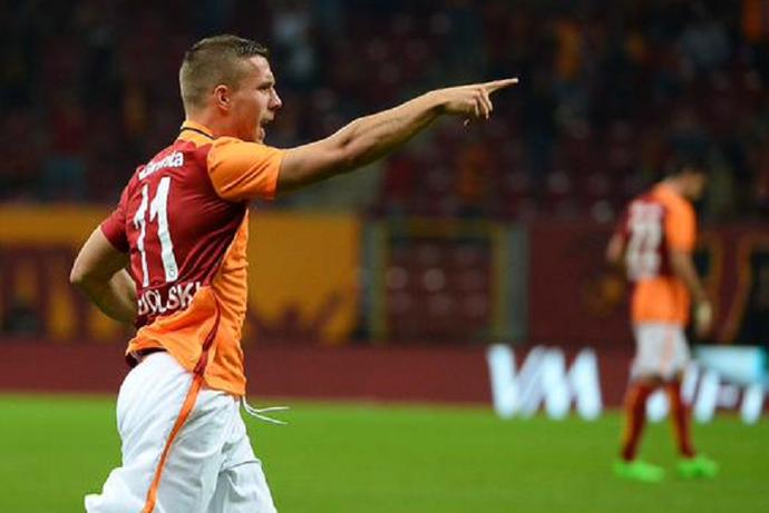 Podolski gol Galatasaray x Mersin  (Foto: Divulgação)