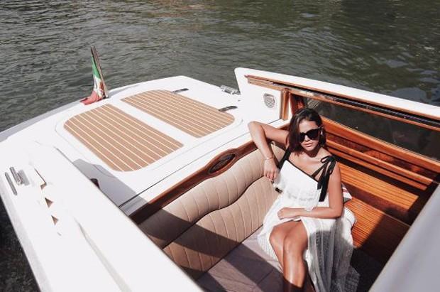 Bruna Marquezine em Veneza, na Itália (Foto: Reprodução/Instagram)