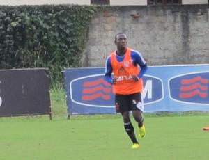 Fernandinho treino Flamengo (Foto: Richard Souza)