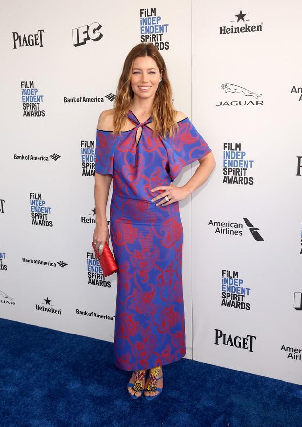 Jessica Biel em prêmio de cinema em Los Angeles, nos Estados Unidos (Foto: Jesse Grant/ Getty Images/ AFP)