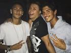 David Brazil curte festa com Neymar e Gabriel Medina