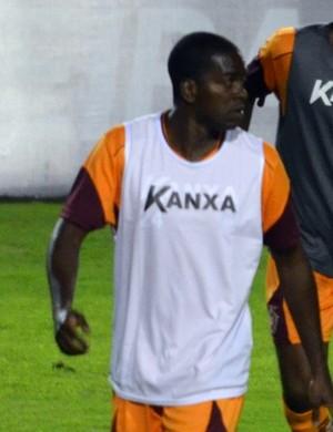 Marcelo Nicácio sofreu uma contratura e não pega o Bahia (Foto: Régis Melo)