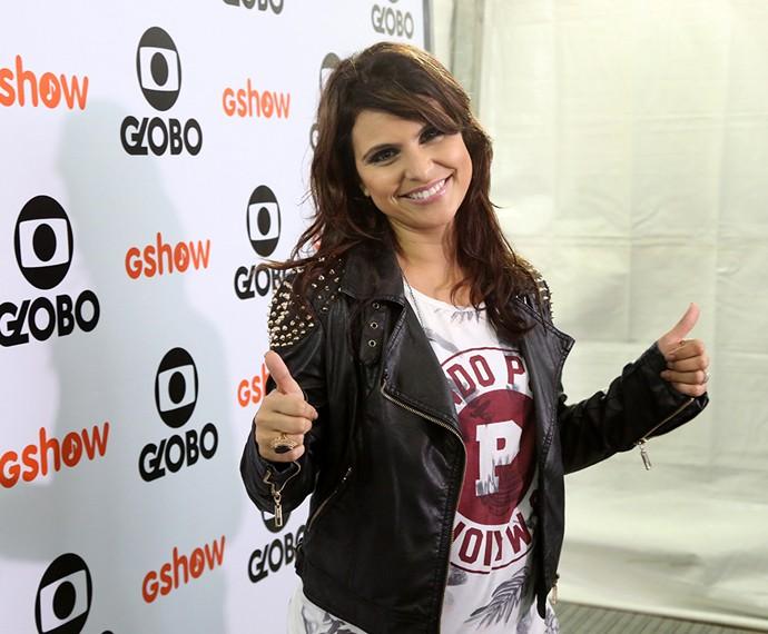Aline Barros confessa que adora compartilhar o dia a dia com os seguidores (Foto: Carol Caminha / Gshow)