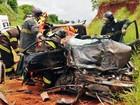 Na SP-563, colisão frontal entre carro e caminhão mata uma pessoa