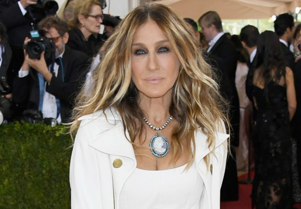 "NEW YORK, NY - MAY 02: Actress Sarah Jessica Parker attends the ""Manus x Machina: Fashion In An Age Of Technology"" Costume Institute Gala at Metropolitan Museum of Art on May 2, 2016 in New York City.  (Photo by Larry Busacca/Getty Images) (Foto: Getty Images)"