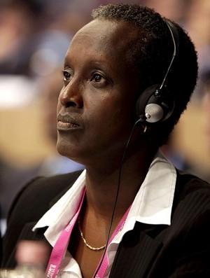 Lydia Nsekera comite executivo da fifa (Foto: Agência AFP)