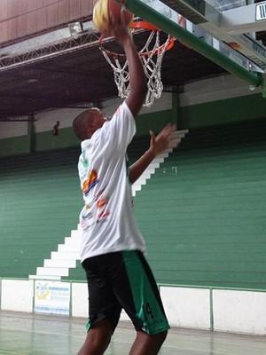 Pedro Henrique pivô JF Celtics sub17.jpg (Foto: JF Celtics/ Divulgação)