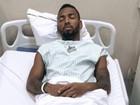 Nego do Borel passa por cirurgia para retirada de cisto na testa