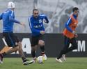 Corinthians tem apenas uma dúvida para o clássico; veja as duas opções