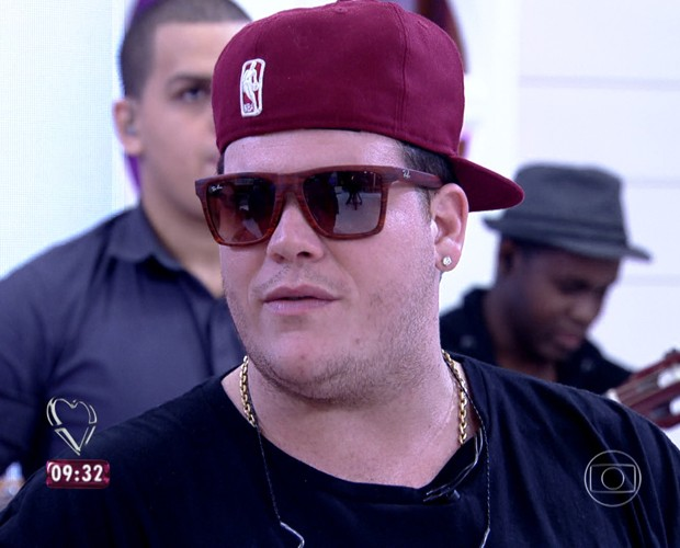 Ferrugem é cantor de samba e faz sucesso entre alguns jogadores de futebol (Foto: TV Globo)