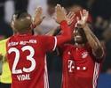 Douglas Costa faz gol e dá assistência em vitória do Bayern em amistoso