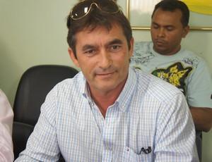 Nosman Barreiro, presidente do Cruzeiro de Itaporanga (Foto: Lucas Barros / Globoesporte.com/pb)