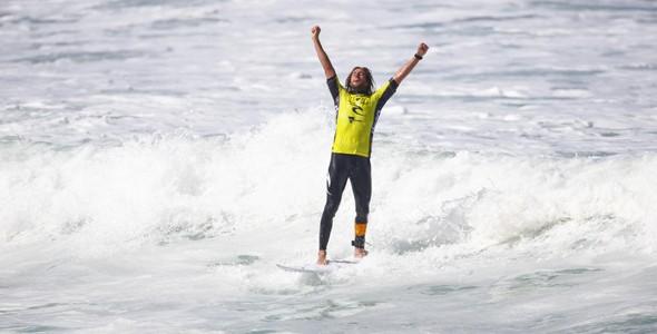 WIlko foi o melhor surfista do ltima dia de competies (Foto: WSL)