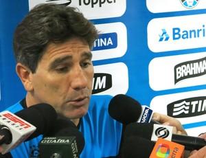 Renato Gaúcho após a derrota contra o Santos (Foto: Lincoln Chaves)