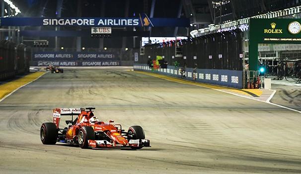 Sebastian Vettel disputa o Grande Prêmio da Rússia. Globo exibe ao vivo (Foto: Reprodução GE)