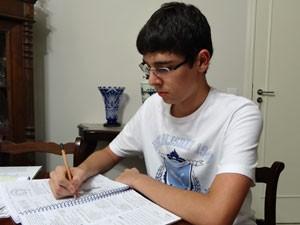 Eduardo Galvão vai prestar vestibular para medicina (Foto: Arquivo pessoal)