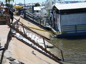 Após o desabamanto, a Prefeitura fez serviços de reparos no cais (Foto: Adonias Silva/G1)