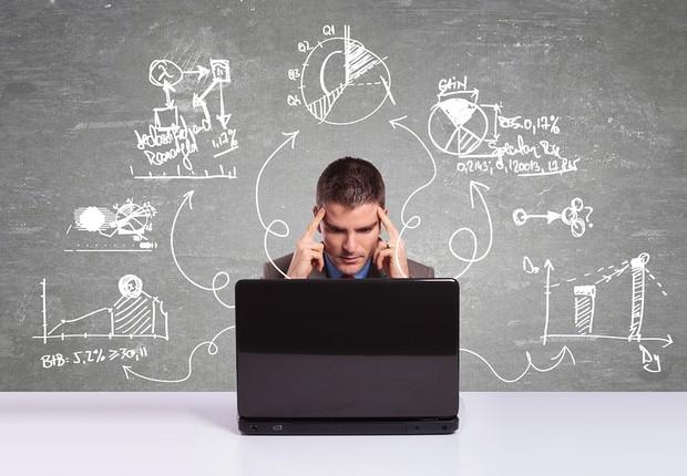 Carreira ; concentração ; foco ; multi tarefa ; multitasking ; fazer várias coisas ao mesmo tempo ; executivo ; correr atrás de seus objetivos na vida ;   (Foto: Dreamstime)