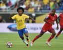 """Willian tranquiliza Tite sobre lesão e elogia """"geração de ouro"""" convocada"""
