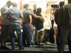 Malvino Salvador e Kyra Gracie curtem a noite carioca juntinhos