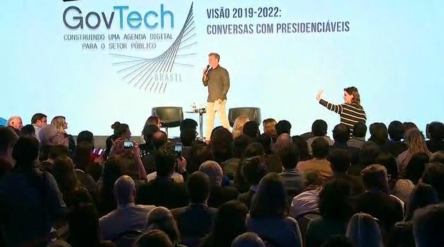 Candidatos à presidência discutem tecnologia no setor público