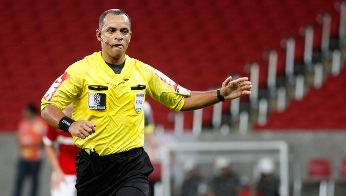 árbitro Wilton Pereira Sampaio Brasileirão (Foto: Wesley Santos / Agência Press Digital)