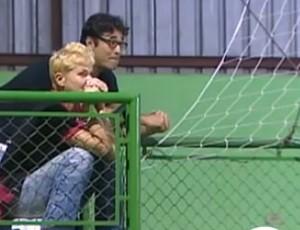 Xuxa e Luciano Szafir Vôlei Jambeiro (Foto: Reprodução/ TV Vanguarda)