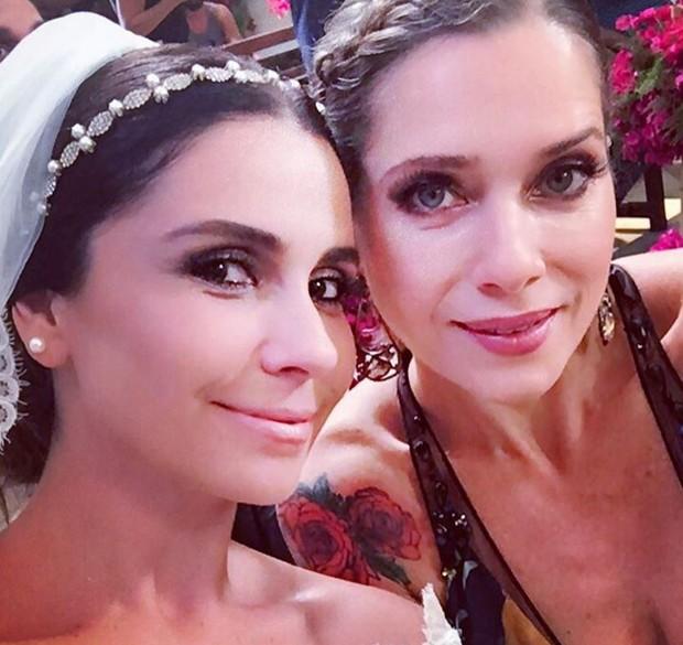 Giovanna Antonelli e Leticia Spiller em bastidor de Sol Nascente (Foto: Reprodução/Instagram)