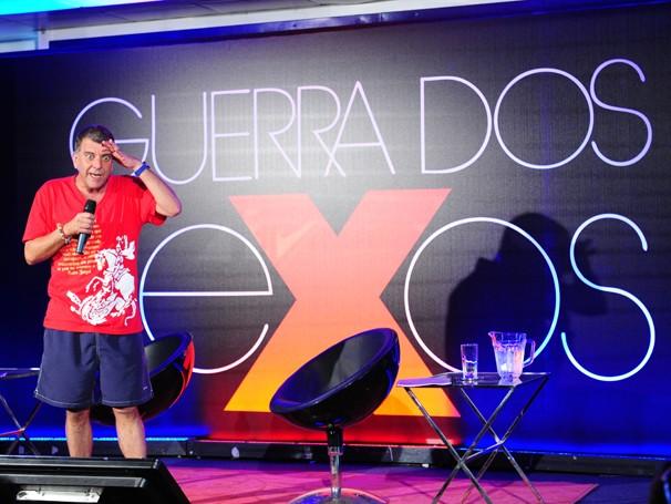 Jorge Fernando dirige a nova versão de Guerra dos Sexos, eibida pela primeira vez em 1983 (Foto: João Miguel Jr./ TV Globo)