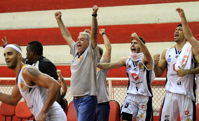 Luiz Zanon São José Basquete NBB (Foto: Rafael Silva/Gazeta Press)
