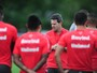 Argel comanda último treino sem indicar quem enfrenta o São Paulo-RS
