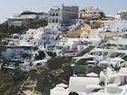 Juliana Paes posa de biquíni em foto na Grécia