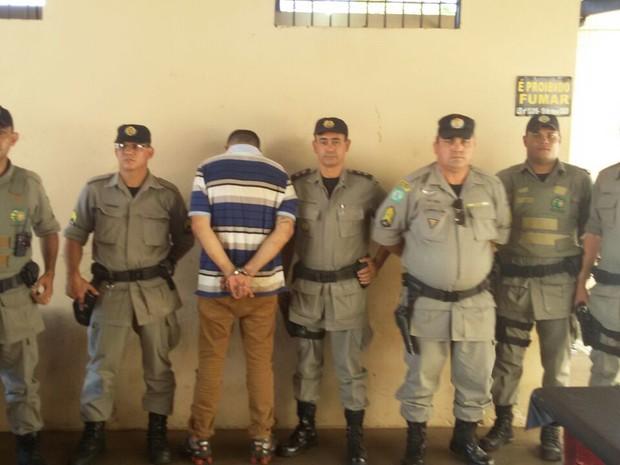 Marcos Ferreira matou ex Ituiutaba e foi preso em Goiás (Foto: PM/Divulgação)