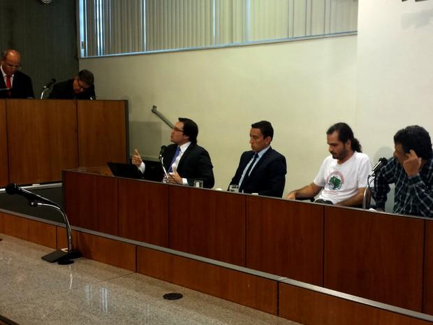Audiência pública da comissão de barragens discute acordo para reparar danos após desastre em Mariana (Foto: Flávia Cristini/ G1)