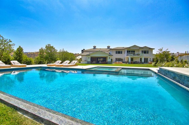Kylie Jenner compra sua quarta mansão por R$ 39 milhões (Foto: Reprodução)