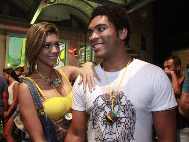 Denny e Vina Calmon em show em Salvador, na Bahia (Foto: Edgar de Souza/ Divulgação)