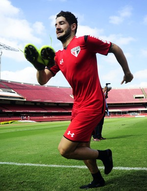 Alexandre Pato São Paulo Treino (Foto: Marcos Ribolli)