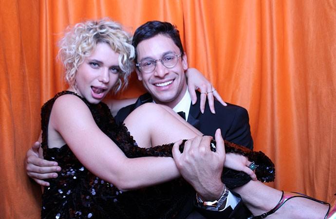 Bruna Linzmeyer e Rainer Cadete relembram a sintonia dos personagens que interpretaram em Amor à Vida (Foto: Gshow)